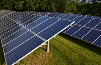 Módulos e placas solares fotovoltaicas
